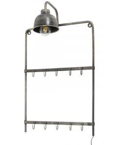 Kapstok met lamp in stoere oud zilver finish lamp aan