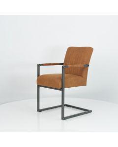 Stoel WW-Odd met arm metalen frame in vele kleuren & materialen leverbaar